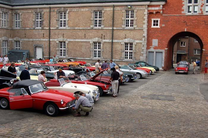 Gathering in the court of the Abbaye of Stavelot