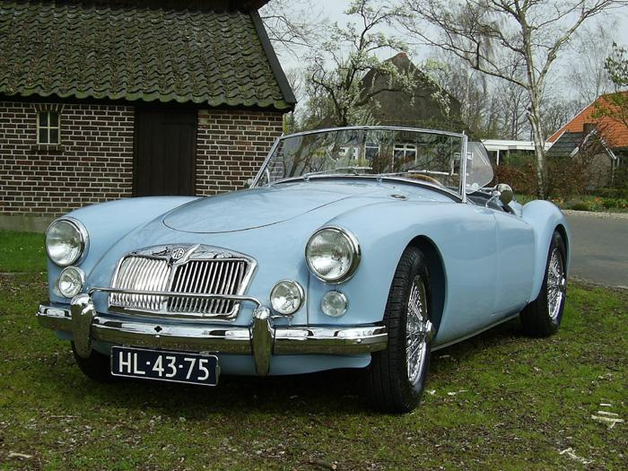 MGA 1600 roadster 1960 Iris Blue