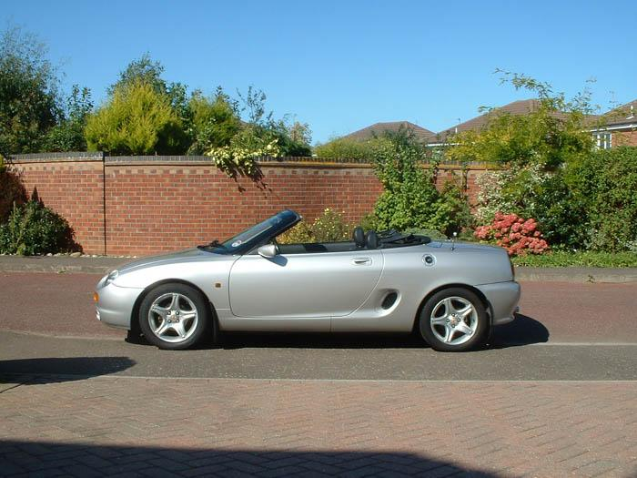 This is my lovely 1997 MGF. Only 37000 on the clock